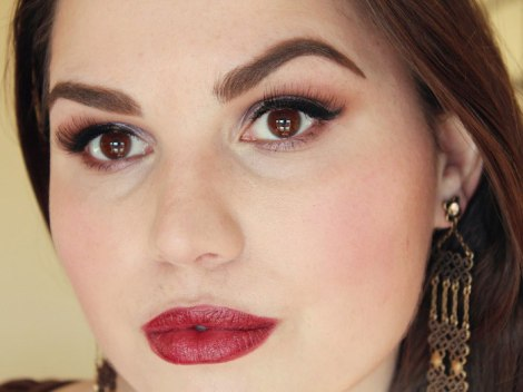organic-beauty-talk-january-look-dark-red-lips-4